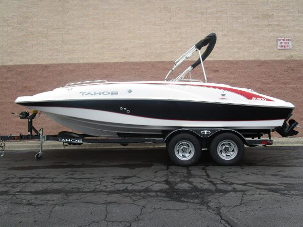 2021 Tahoe boat for sale, model of the boat is 215 Xi & Image # 34 of 34