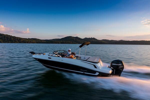 2022 Bayliner VR6 Outboard