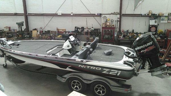 2016 Nitro boat for sale, model of the boat is Z-21 & Image # 2 of 14