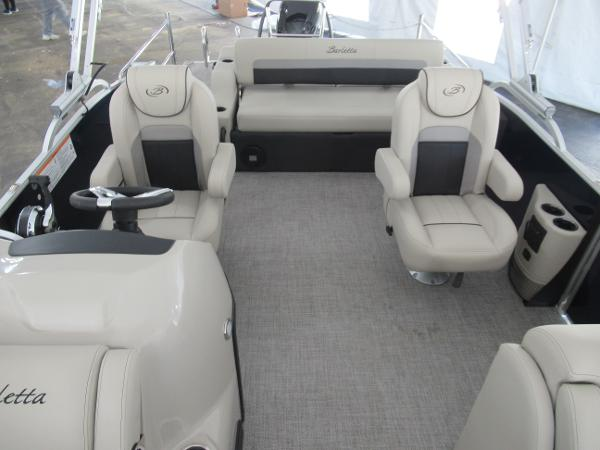 2021 Barletta boat for sale, model of the boat is C22UC & Image # 7 of 19