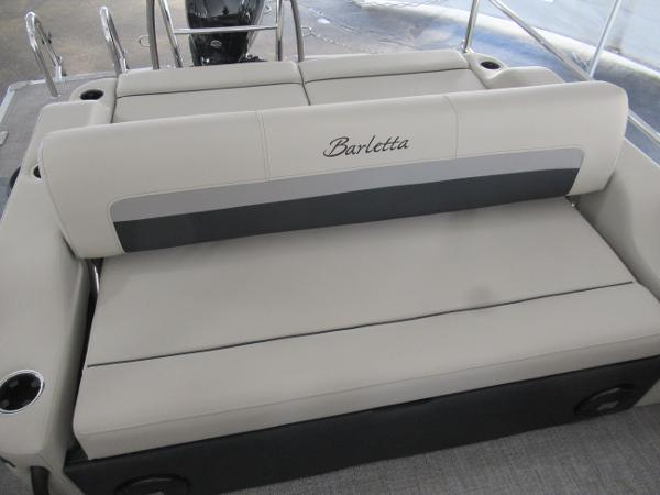 2021 Barletta boat for sale, model of the boat is C22UC & Image # 14 of 19