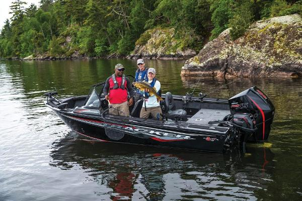 2020 Tracker Boats boat for sale, model of the boat is Targa V-18 WT & Image # 2 of 32