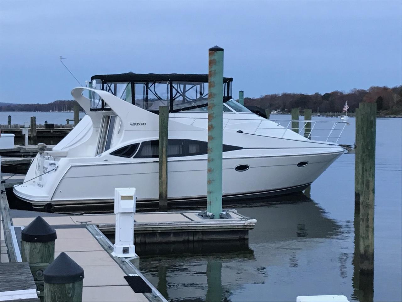 M 6154 TW Knot 10 Yacht Sales