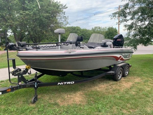 2020 Nitro boat for sale, model of the boat is ZV19 & Image # 2 of 58