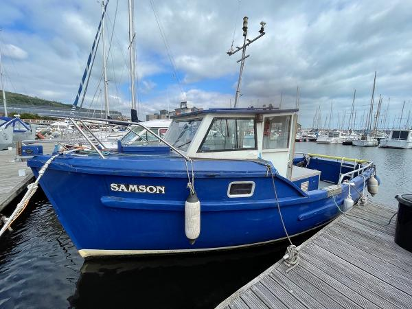 Colvic_26_Fishing_Boat