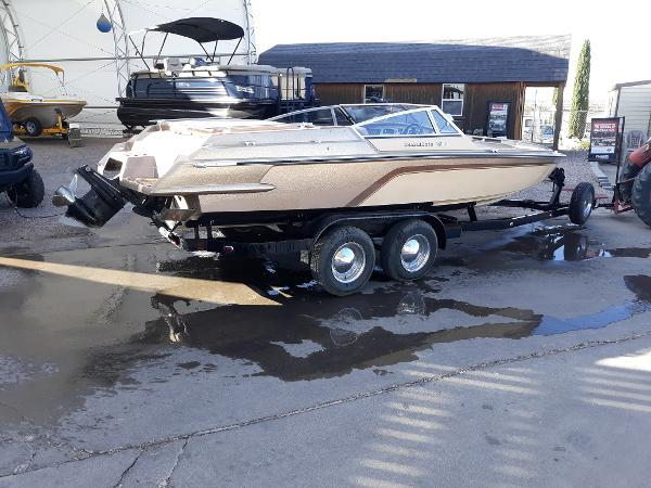1981 Hammond boat for sale, model of the boat is V-2150 XL Challenger & Image # 4 of 11