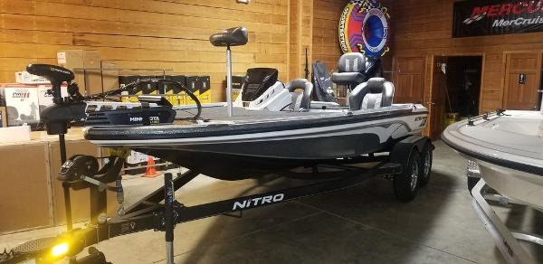 2020 Nitro boat for sale, model of the boat is Z18 & Image # 1 of 7