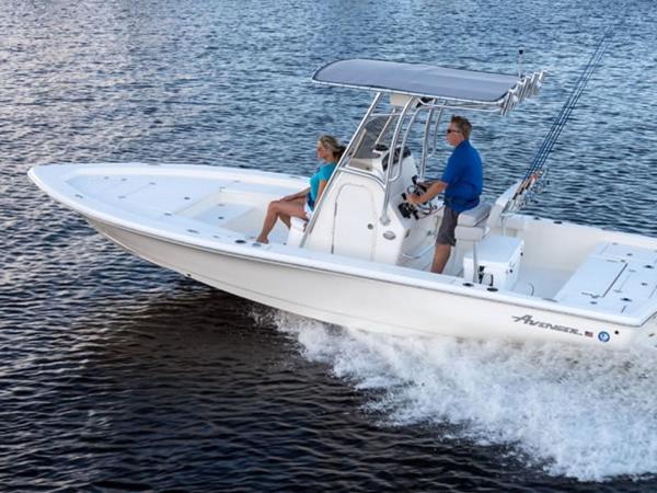 2021 Avenger boat for sale, model of the boat is AV24 & Image # 5 of 18