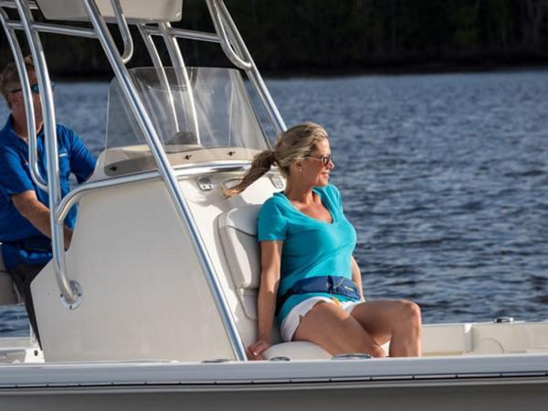 2021 Avenger boat for sale, model of the boat is AV24 & Image # 8 of 18