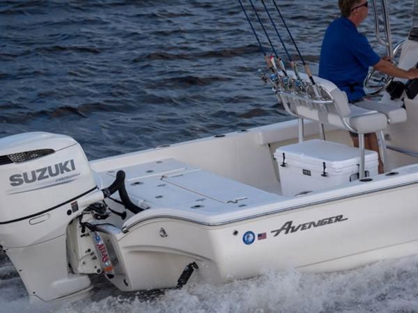 2021 Avenger boat for sale, model of the boat is AV24 & Image # 11 of 18