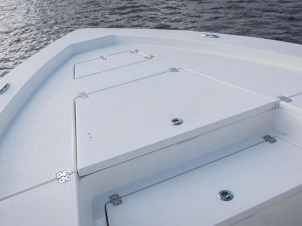 2021 Avenger boat for sale, model of the boat is AV24 & Image # 14 of 18