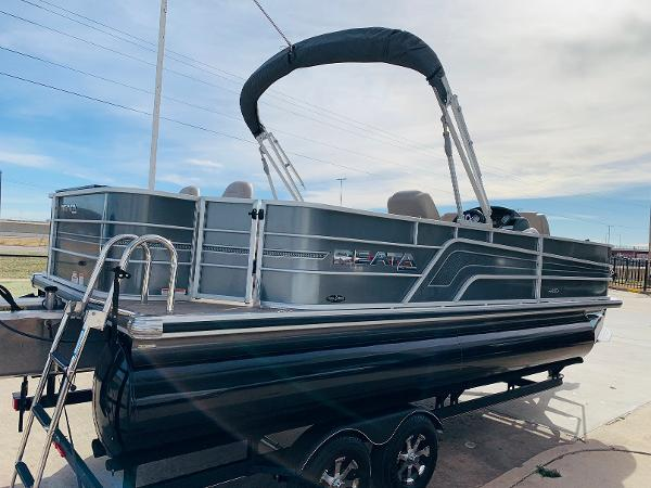 2018 Ranger Boats boat for sale, model of the boat is Reata 220F & Image # 5 of 32