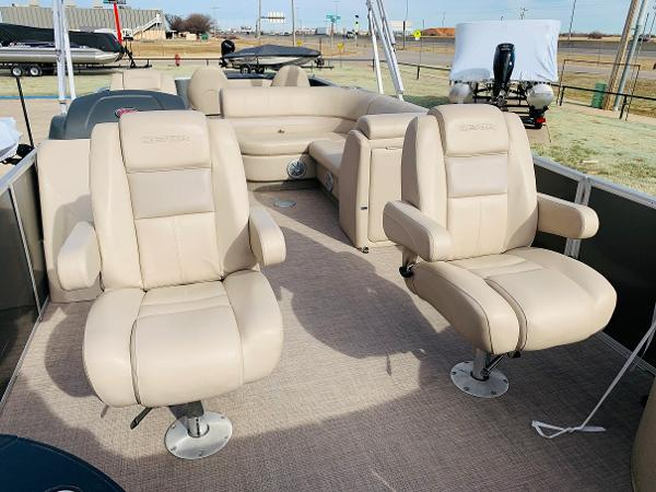 2018 Ranger Boats boat for sale, model of the boat is Reata 220F & Image # 9 of 32