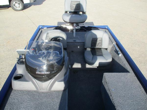 2021 Tracker Boats boat for sale, model of the boat is Pro 170 & Image # 11 of 15