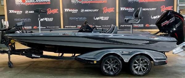 2021 Triton boat for sale, model of the boat is 19 TRX Patriot & Image # 1 of 18