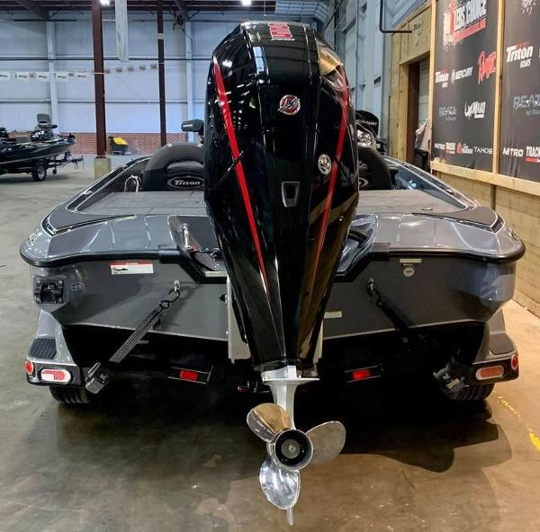 2021 Triton boat for sale, model of the boat is 19 TRX Patriot & Image # 13 of 18