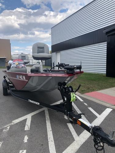 2018 Tracker Boats boat for sale, model of the boat is Pro 170 & Image # 4 of 5