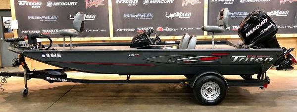 2014 Triton boat for sale, model of the boat is 18 TX & Image # 1 of 18
