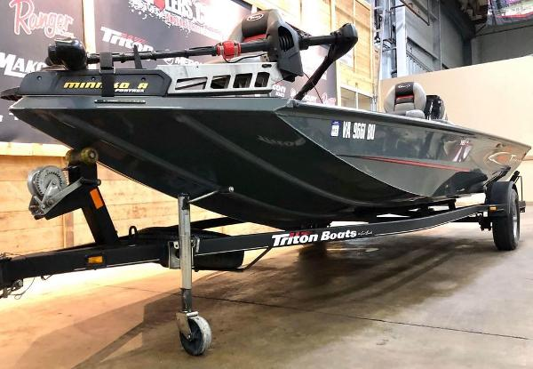 2014 Triton boat for sale, model of the boat is 18 TX & Image # 16 of 18