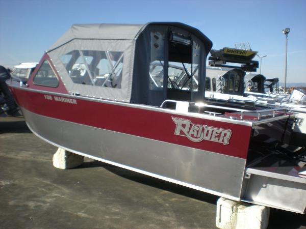 2021 RAIDER Mariner 188