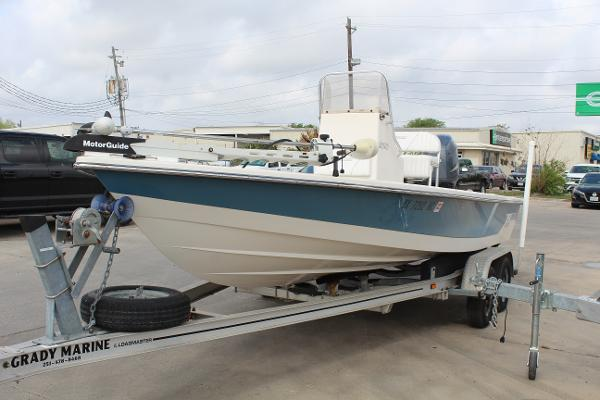 2007 Pathfinder boat for sale, model of the boat is 2000 V & Image # 3 of 18