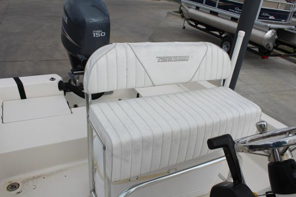 2007 Pathfinder boat for sale, model of the boat is 2000 V & Image # 10 of 18