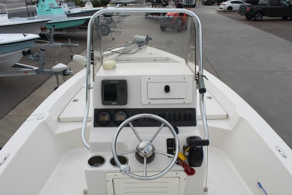 2007 Pathfinder boat for sale, model of the boat is 2000 V & Image # 13 of 18