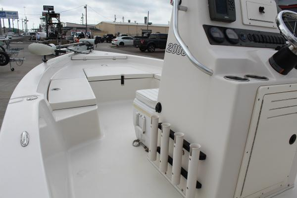 2007 Pathfinder boat for sale, model of the boat is 2000 V & Image # 14 of 18
