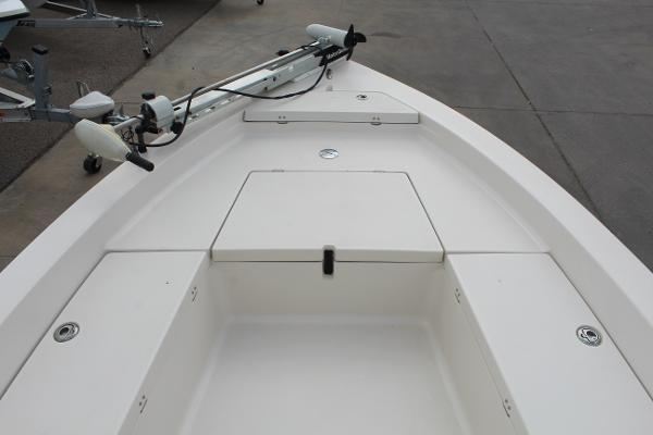 2007 Pathfinder boat for sale, model of the boat is 2000 V & Image # 15 of 18