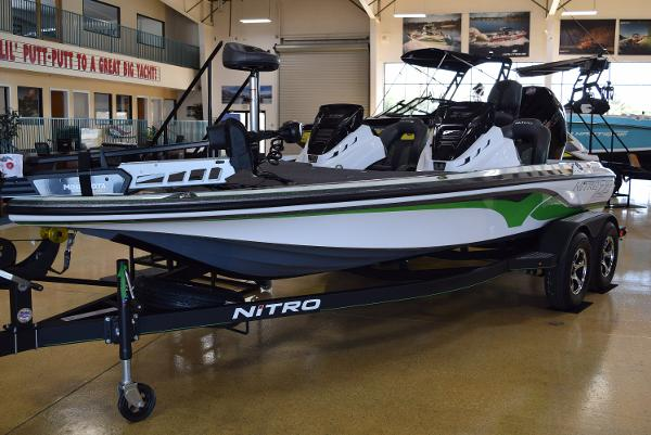 2021 Nitro boat for sale, model of the boat is Z19 Pro & Image # 3 of 20