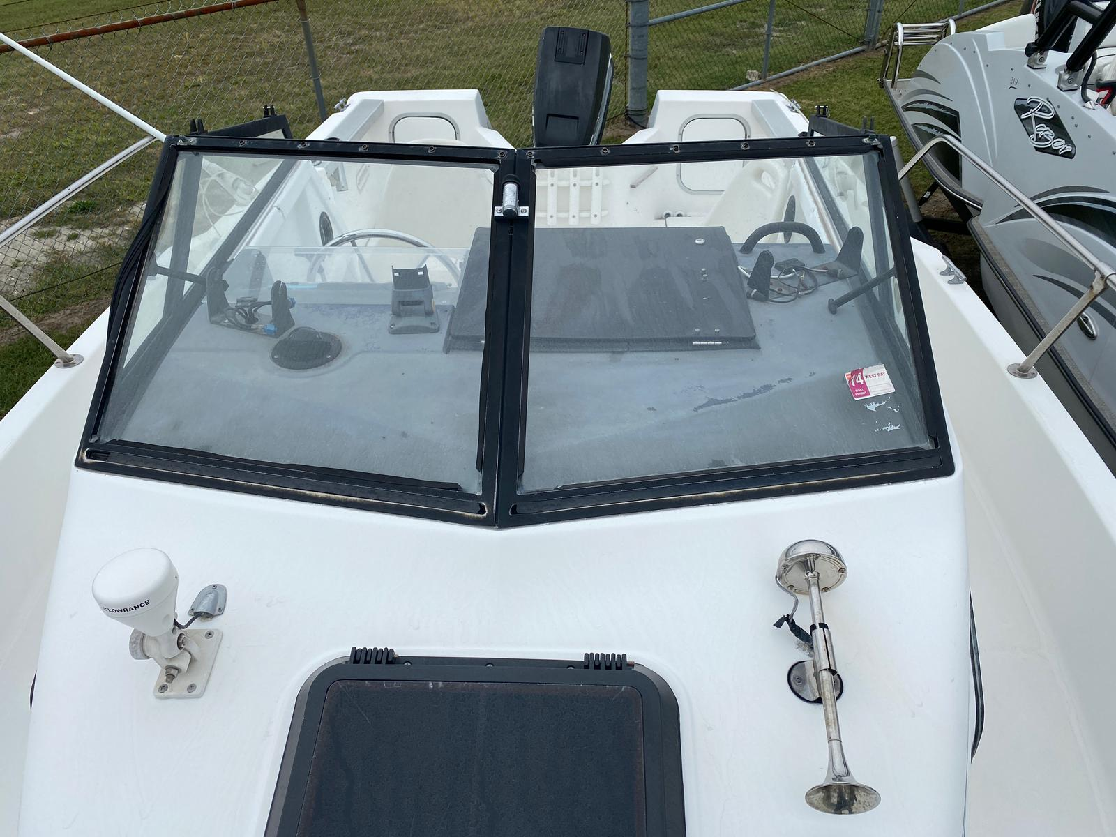 1991 Trophy Marine boat for sale, model of the boat is 2002 Walkaround & Image # 3 of 13