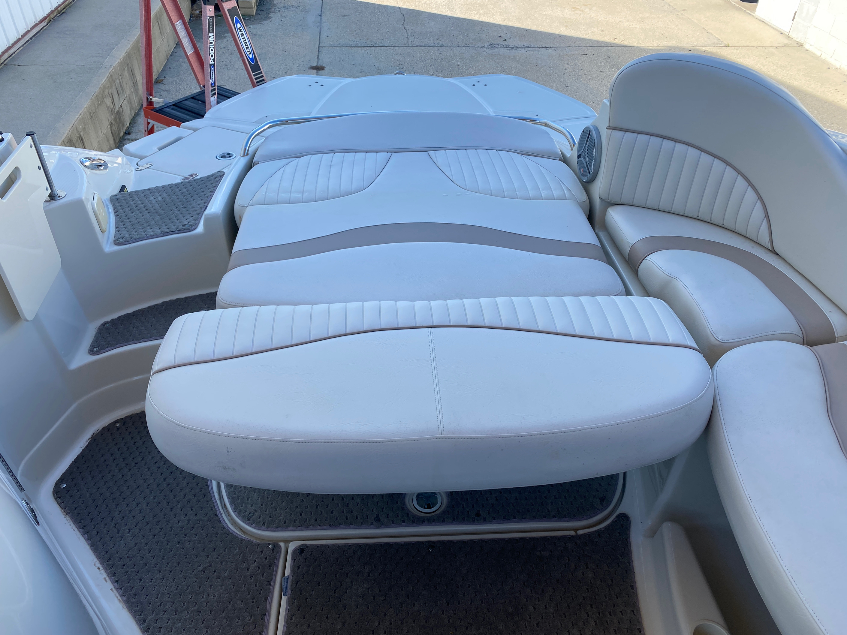 2008 Azure boat for sale, model of the boat is AZ 240 & Image # 4 of 18