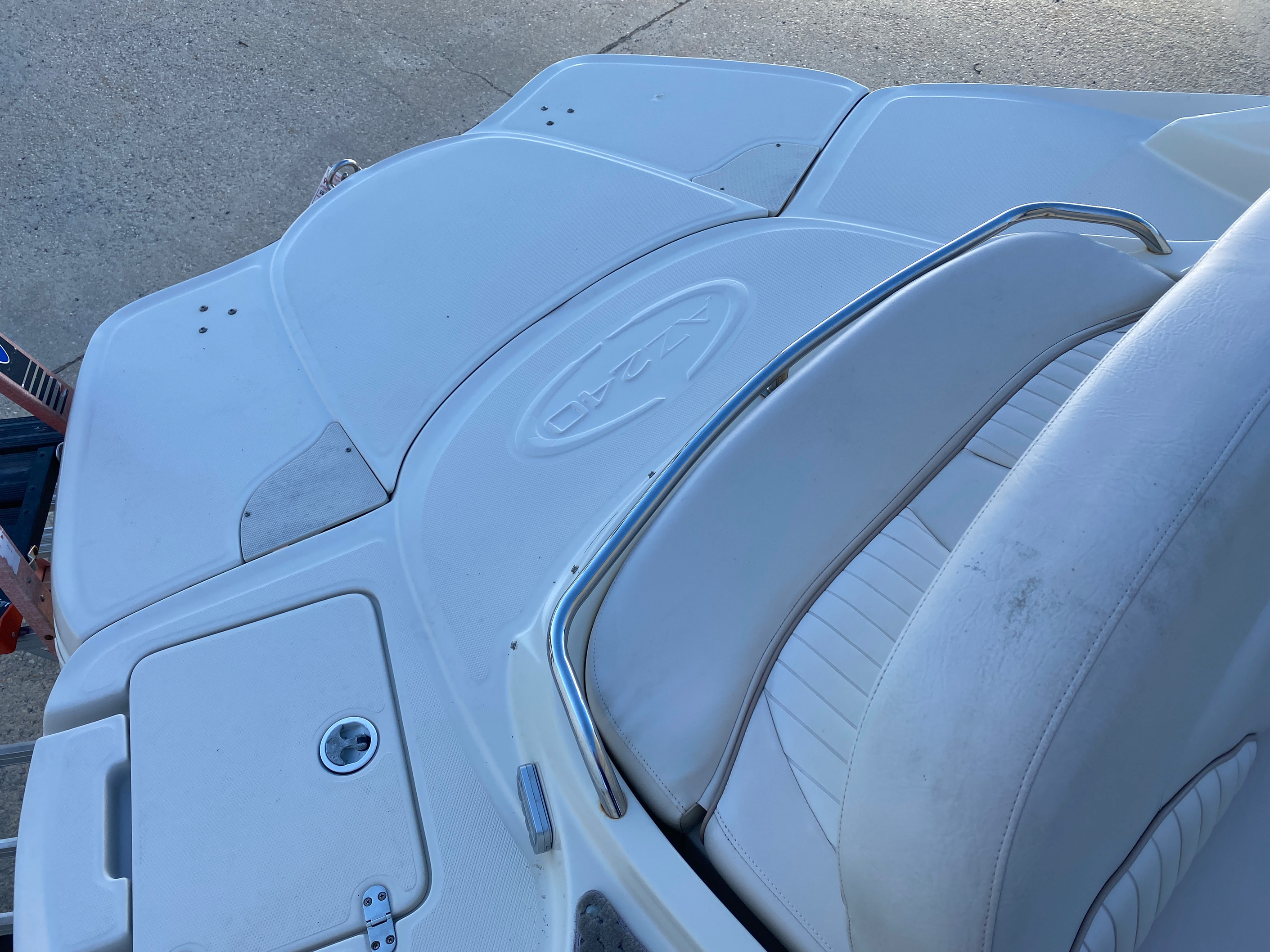 2008 Azure boat for sale, model of the boat is AZ 240 & Image # 13 of 18