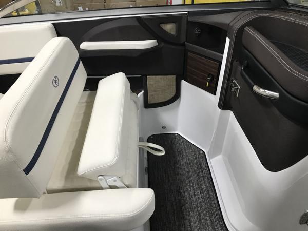 2021 Cobalt boat for sale, model of the boat is R7 Surf & Image # 3 of 9