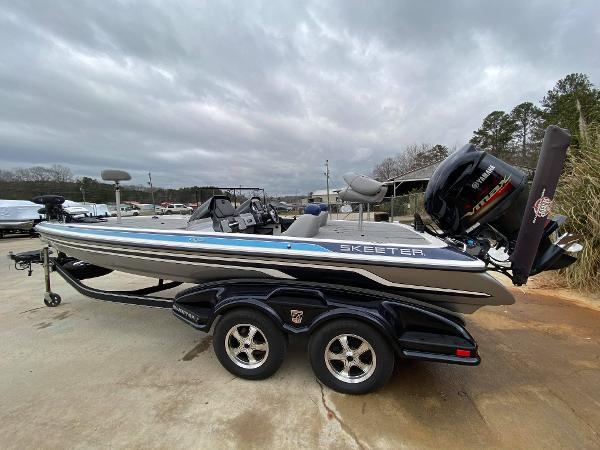 2013 SKEETER FX 20 for sale