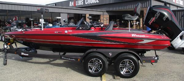 2021 Triton boat for sale, model of the boat is 18 TRX & Image # 1 of 12