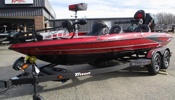 2021 Triton boat for sale, model of the boat is 18 TRX & Image # 7 of 12
