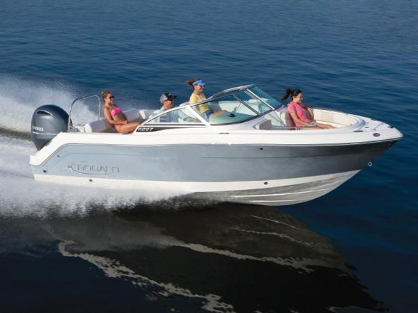 2021 Robalo boat for sale, model of the boat is R227 & Image # 1 of 1