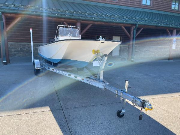 1976 Boston Whaler boat for sale, model of the boat is Montauk 17 & Image # 4 of 6