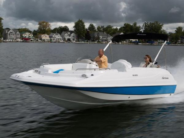 2021 Hurricane boat for sale, model of the boat is Sundeck Sport 218 OB & Image # 1 of 1