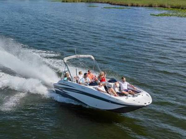 2021 Hurricane boat for sale, model of the boat is Sundeck Sport 218 OB & Image # 1 of 1