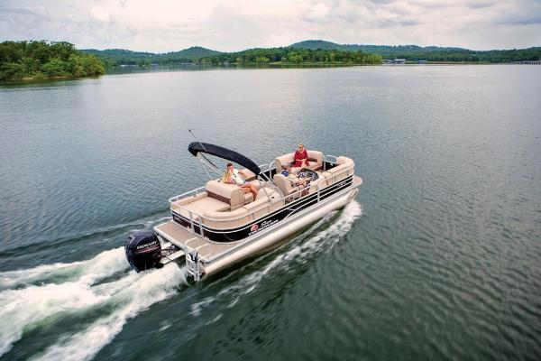 2019 Sun Tracker boat for sale, model of the boat is Party Barge 22 RF DLX & Image # 4 of 28