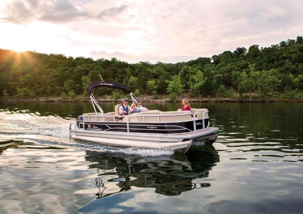 2019 Sun Tracker boat for sale, model of the boat is Party Barge 22 RF DLX & Image # 7 of 28