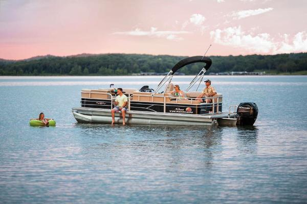 2019 Sun Tracker boat for sale, model of the boat is Party Barge 22 RF DLX & Image # 12 of 28