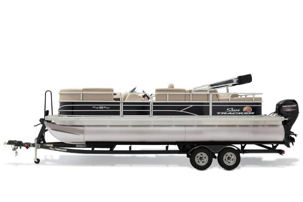 2019 Sun Tracker boat for sale, model of the boat is Party Barge 22 RF DLX & Image # 22 of 28