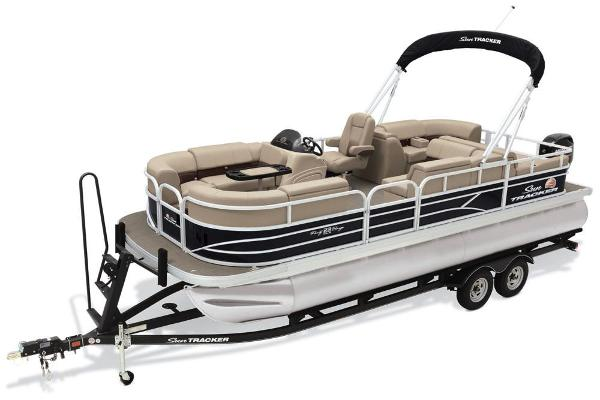 2019 Sun Tracker boat for sale, model of the boat is Party Barge 22 RF DLX & Image # 2 of 28