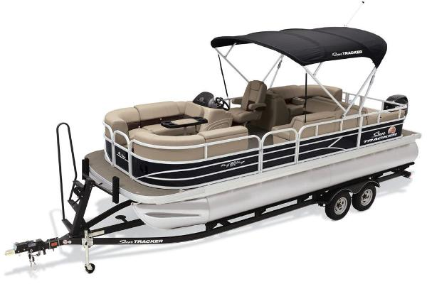 2019 Sun Tracker boat for sale, model of the boat is Party Barge 22 RF DLX & Image # 3 of 28