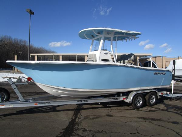 2021 Sea Pro boat for sale, model of the boat is 239 DLX & Image # 2 of 44