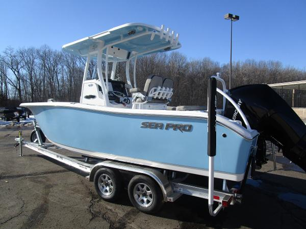 2021 Sea Pro boat for sale, model of the boat is 239 DLX & Image # 3 of 44