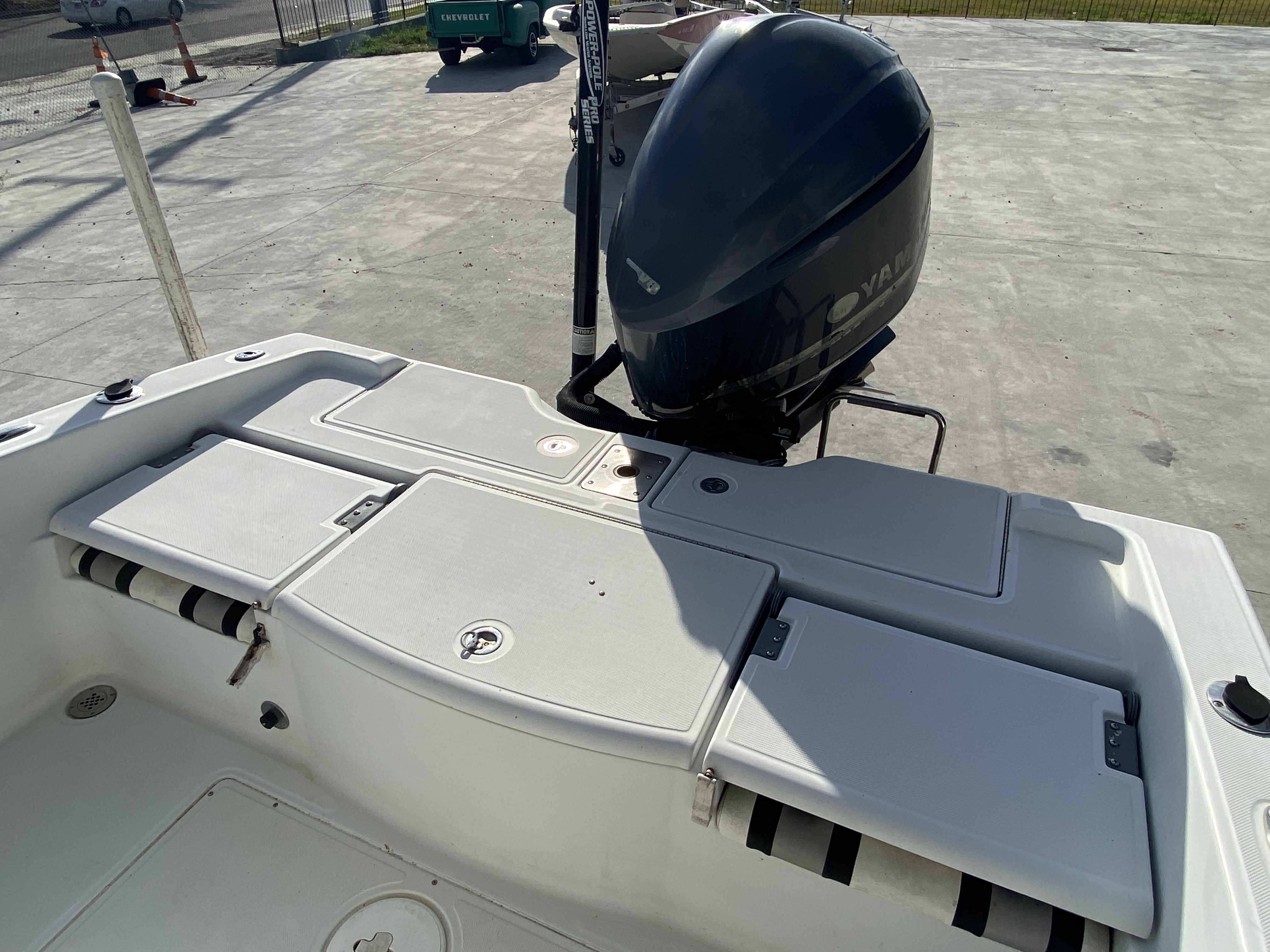 2010 Champion boat for sale, model of the boat is 25 BAY & Image # 3 of 25